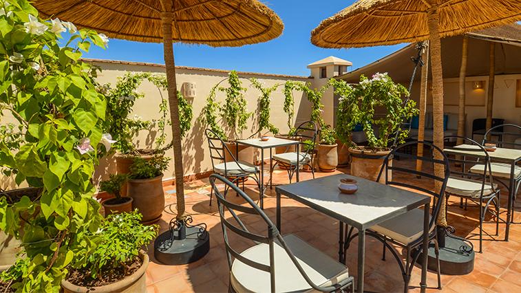 Riad ayni marrakech piscine chauff e et solarium for Riad marrakech piscine chauffee